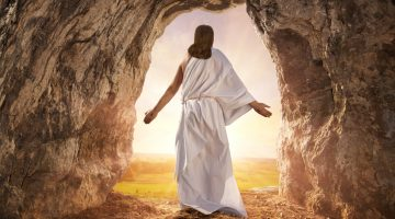 Resurrected Jesus Christ comes from the grave