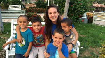 Maile Hoffman became a mother to a group of four- and five-year-old boys at the Hogar de Niños orphanage in Honduras during the 2015-16 school year. Photo courtesy of Maile Hoffman