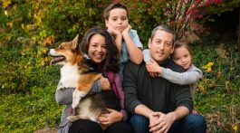 Mark Evans with his wife Mindy, children Oliver and Madeline, and dog Chester