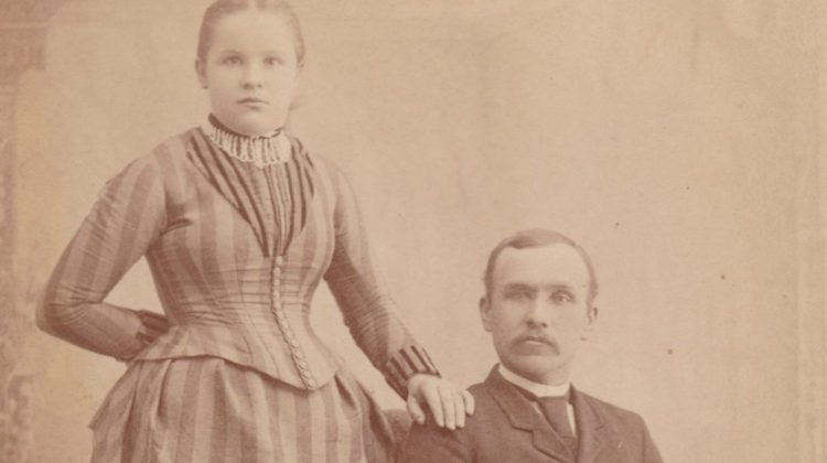 Photograph of Hans Ed Hanson and his wife.